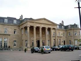 Luton Hoo House