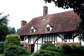 The front of Southend Farm, a wealden house