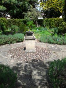 Physic Garden pestle and mortar sundial